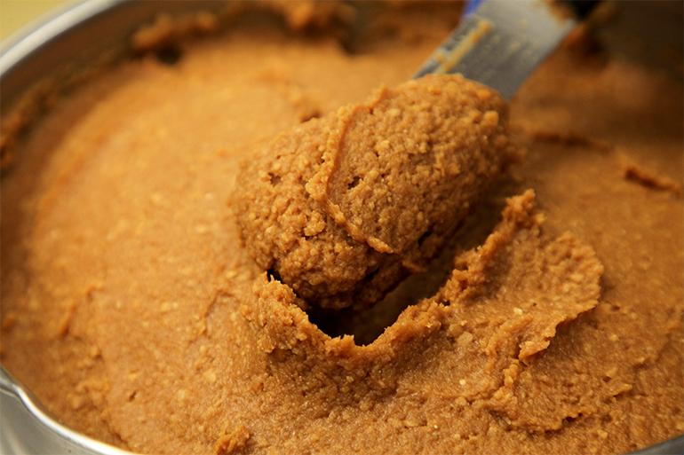 伝統のレシピで作る「合わせ味噌」