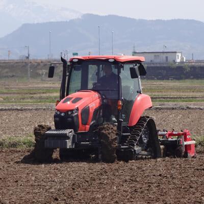 完熟もみ殻堆肥を使用し、食味をぐんと高める