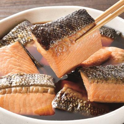 新鮮な魚を白焼きにした後、醤油ベースのタレに一晩漬け込んだ「焼漬け」
