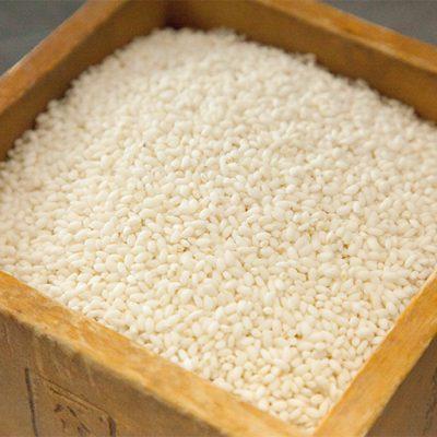 新潟県糸魚川産のもち米「わたぼうし」を使用