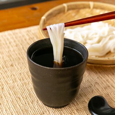 お米のコクが、つゆの風味を下支えします