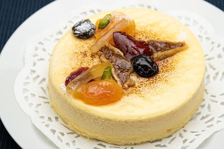 オーナーパティシエの岡田氏が誇る最高のチーズケーキ