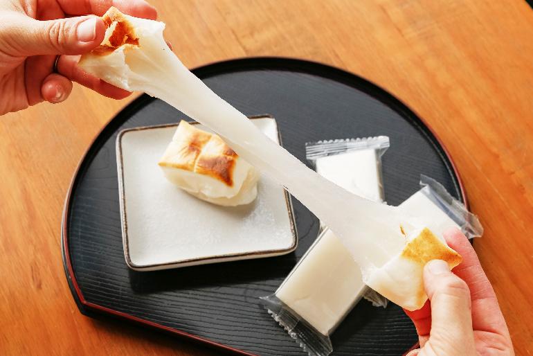 濃厚な風味と粘り強いコシの「杵つき餅」