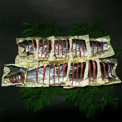 塩引き鮭 姿造り 一本分 約2.8kg(化粧箱入)