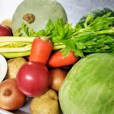 地元産の新鮮な野菜をたっぷり使用