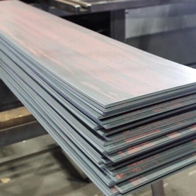 高級刃物に使うオリジナルステンレス鋼「AUSシリーズ」