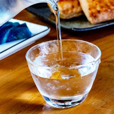 淡麗辛口を一番堪能できる「冷や」で一杯