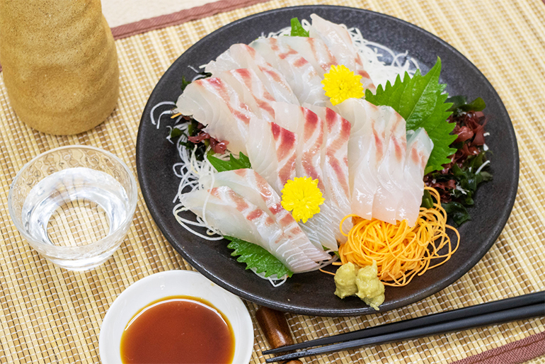 歯ごたえのいい鯛料理をたっぷり堪能できます