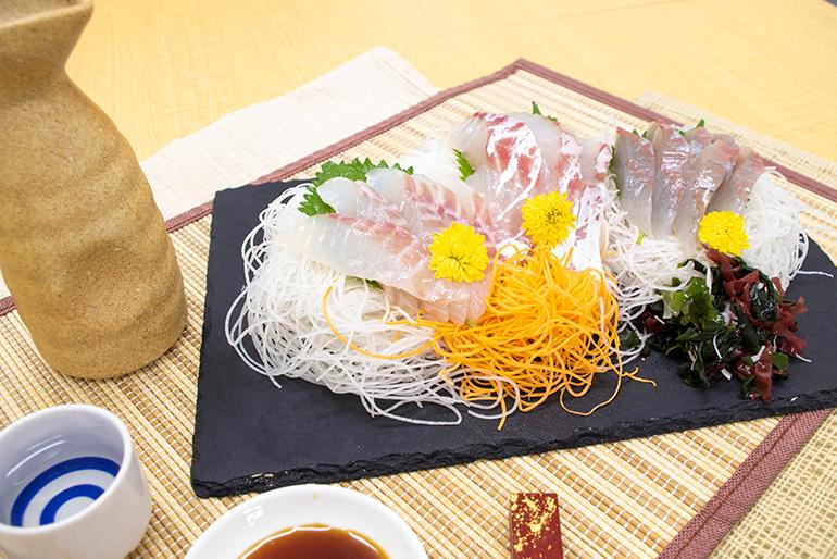 旬の鮮魚の贅沢な詰め合わせ