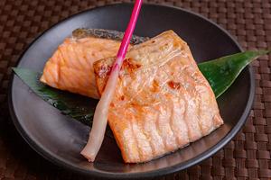 1.鮭の味噌漬け