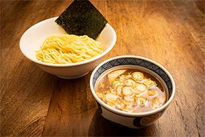 2.煮干しつけ麺