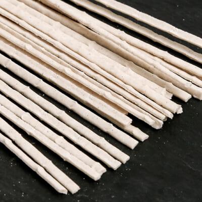 竹の節を連想させる形状