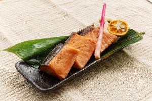7.鮭醤油糀焼き漬け
