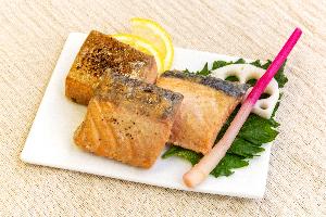 8.鮭味噌酒粕漬け