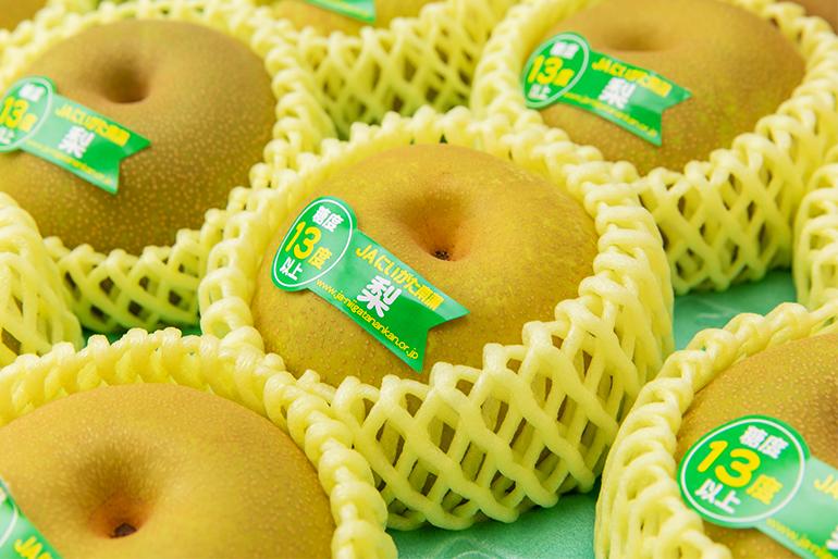 糖度13度以上の梨だけを詰めた「糖鮮確実」