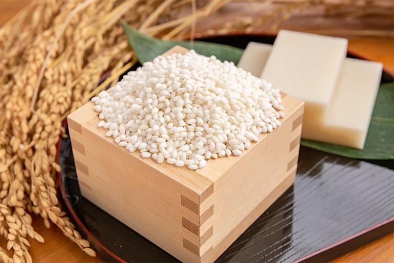 契約農家から仕入れた「もち米」を使用