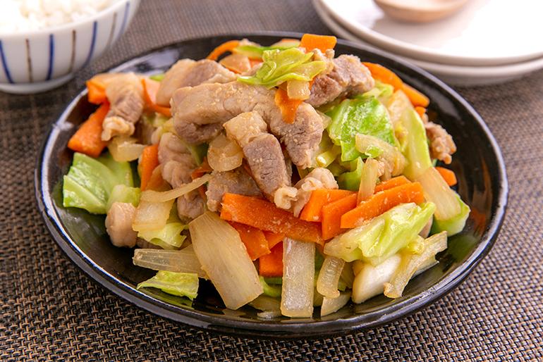 味噌ダレごと食材と炒めて「野菜炒め」に!