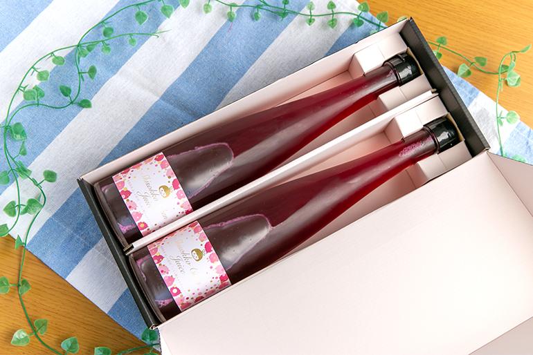 瓶詰めして化粧箱に入れた「贈答用」もご用意!