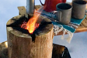 1.揺らめく火を眺めて癒される
