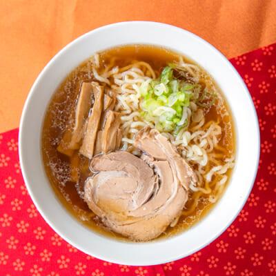 上越ラーメン(豚ガラ醤油スープ・具材付)