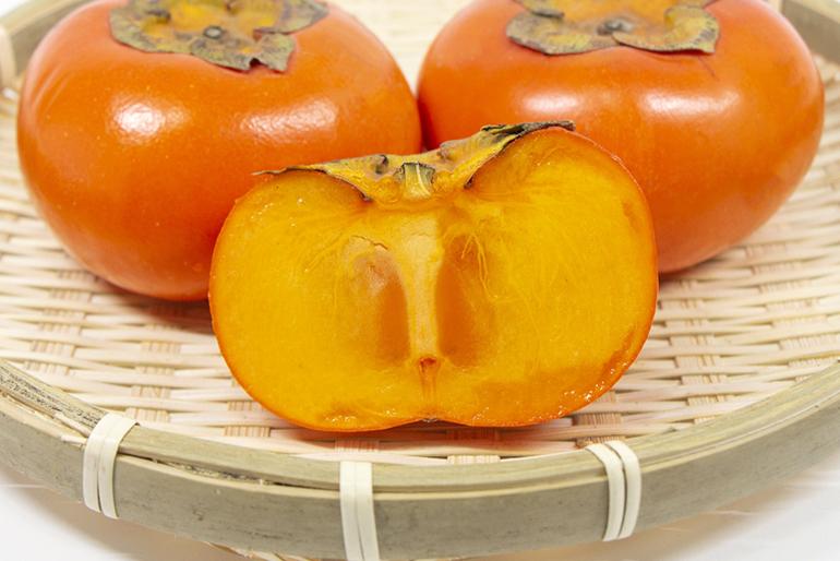 濃厚な甘みで人気の「八珍柿」