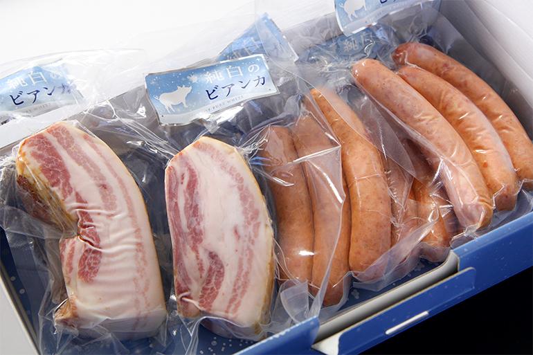 純白のビアンカ ベーコン・ソーセージセット – 株式会社 佐藤食肉