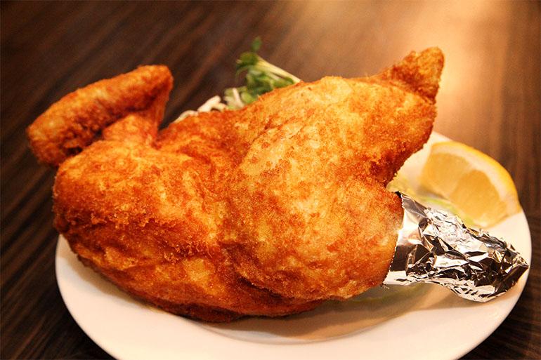 新潟といえばカレー味!ご当地グルメ「鶏の半身揚げ」