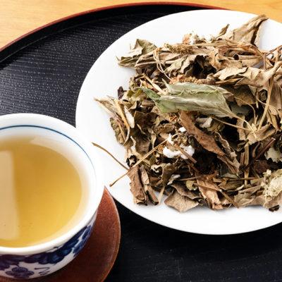 麦茶のようにゴクゴクのめる美味しいどくだみ茶