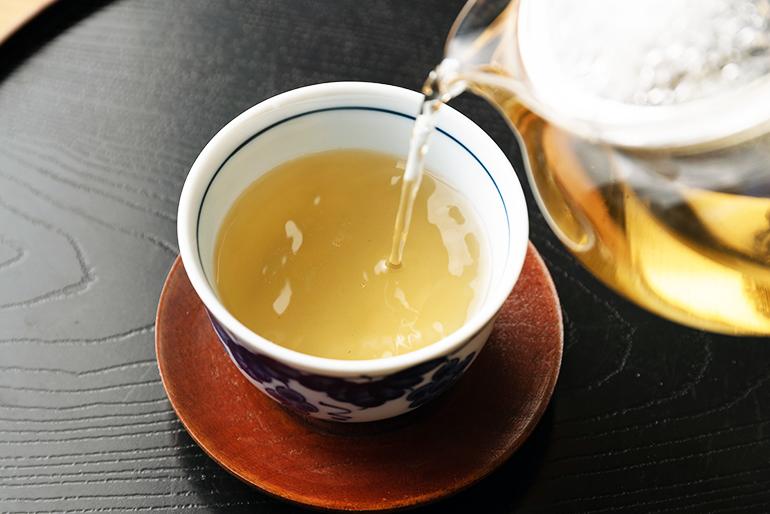 爽やかな飲み口のブレンドどくだみ茶