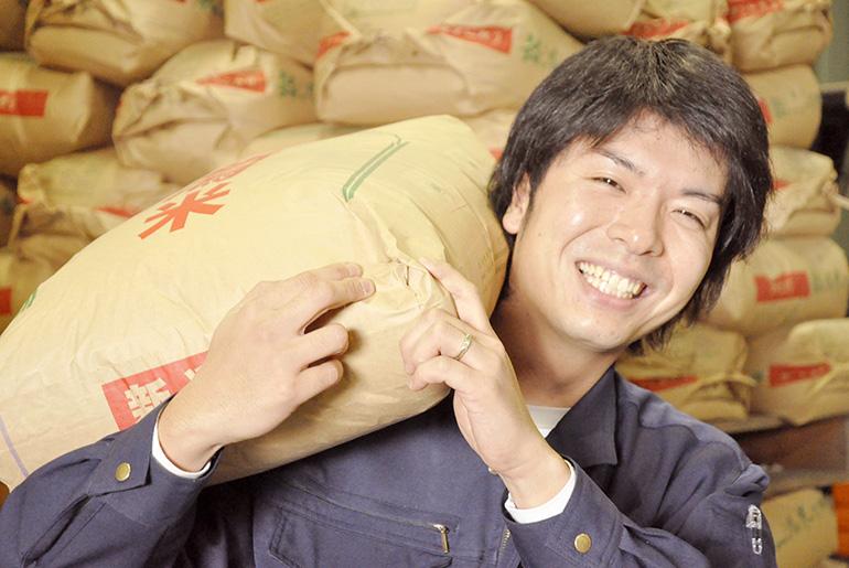 米屋と農家を兼ねる、袖山商店自慢のコシヒカリ!