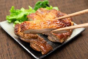2.べっ甲焼き(チキンステーキ)