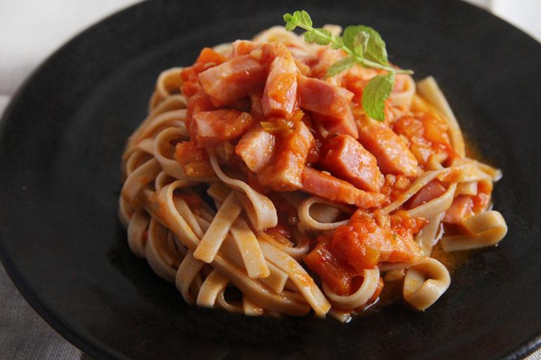 ご家庭で簡単!トマトソースレシピ