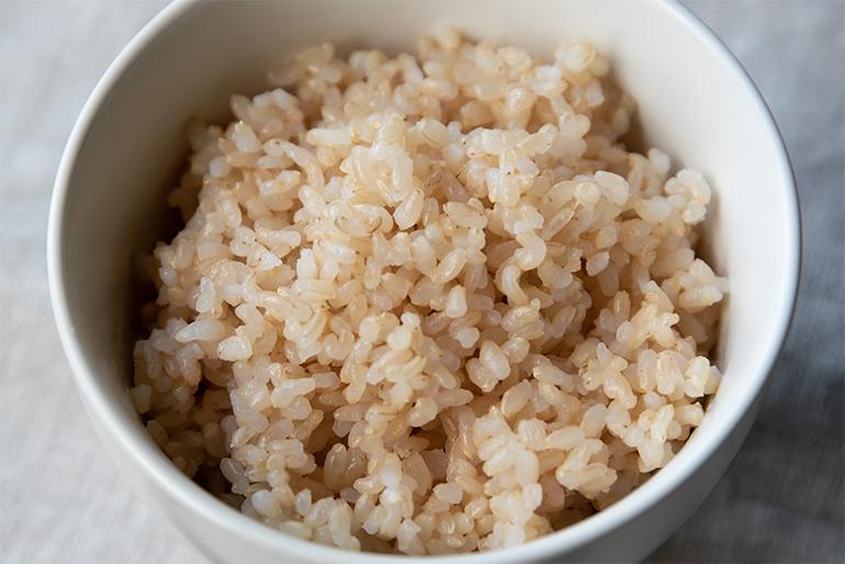 栄養たっぷり!クセが少ない「玄米」