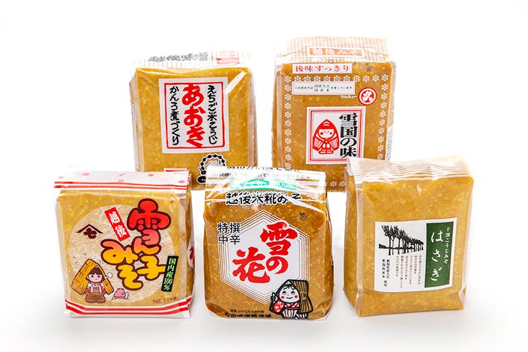 上越市の味噌蔵、5社の代表銘柄をブレンド