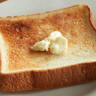 新鮮な生乳から作った特別なバター