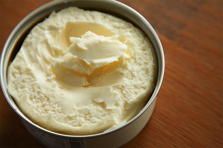 搾りたての生乳から作ったクリームを丁寧に練り上げました