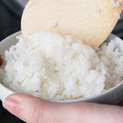 時間と手間をかけた昔ながらの「特別栽培」で育てたお米