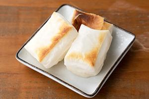 2.杵つき餅(こがねもち)